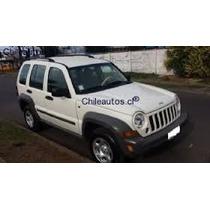 Jeep New Cherokee Sport 2002-2007 En Desarme