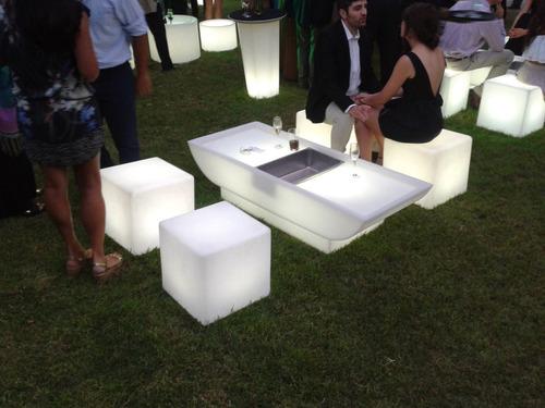 Arriendo Muebles Led,cubos,sillones, Piso Led Etc