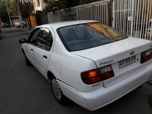 Nissan Primera 1999 Foto 6