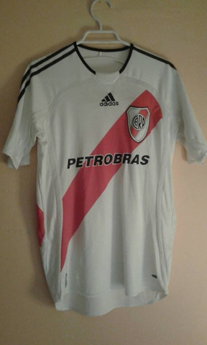 Clubes Extranjeros - Melinterest Chile f58e7465b368e