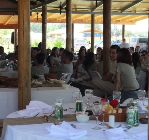 Arriendo Parcela Para Eventos, Empresas Paseos De Curso Etc.