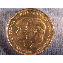 Inglaterra 1981 Plata Carlos Y Diana Elizabeth Ii 3,8 Cmsd