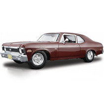 Chevrolet - Nova Ss Coupe 2-door 1970 Escala 1:18