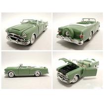 Packard Caribbean Convertible 1953 Pistazie Escala 1:24