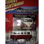 Auto Johnny Lightning Volkswagen Samba 1965